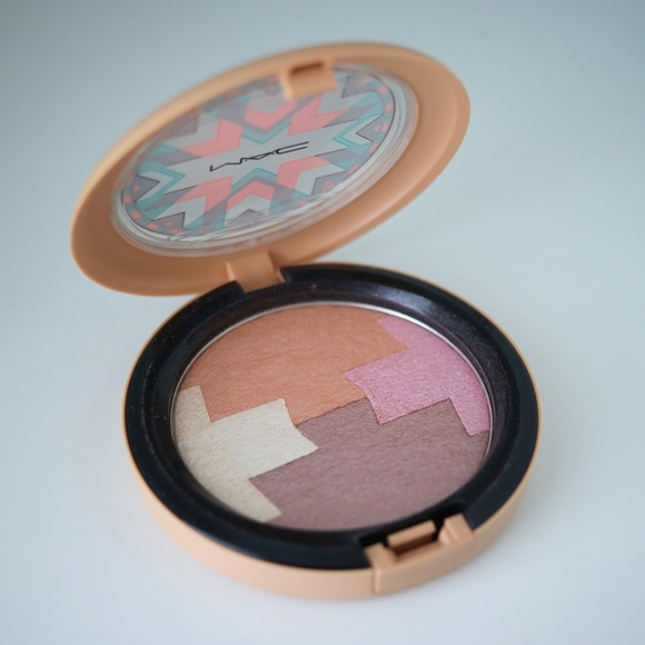 MAC Cosmetics Other - MAC Limited Edition Powder of Vibe Tribe